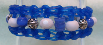 [Carolyn's Blue and White and Silver Rainbow Loom]